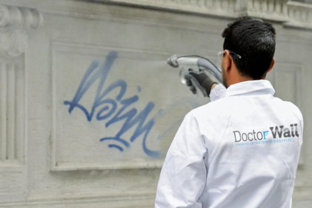 Doctor_Wallvid_00